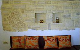 Wand-Dekoration mit Plakoura-Element