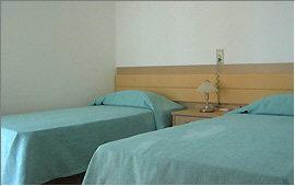 Zwei Einzelbetten